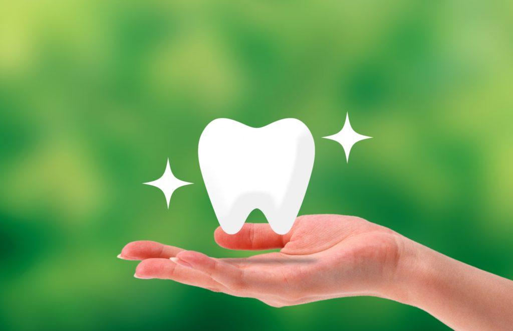 【自宅で簡単】効果のある歯のホワイトニング方法【実体験】